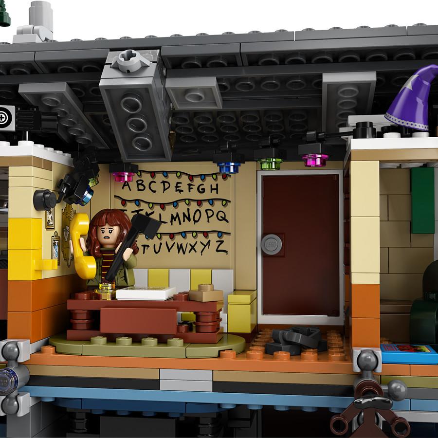 https://kockashop.hu/galleries/lego/75810/large/12.jpg