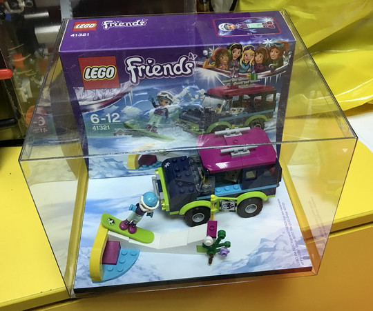 Friends Display Box 11